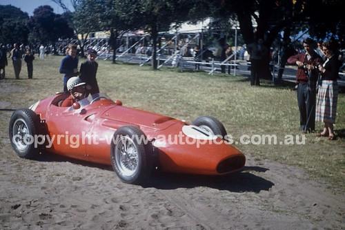 56519 - Jean Behra, Maserati 250F- Australian Grand Prix  Albert Park 1956