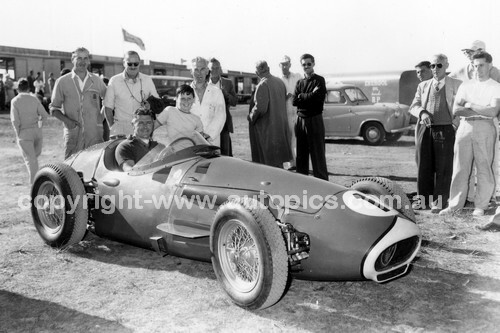 56528 - Stan and AlanJones, Maserati 250F - 1956