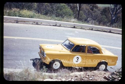 Tamworth Hill Climb 1968 - Photographer Geoff Atrhur - Code 68102