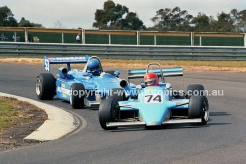 87064 - Barry Johnson, Cheetah Mk 8 & Dave Thompson, Ralt RT4 - Sandown 1987 - Photographer Peter D'Abbs