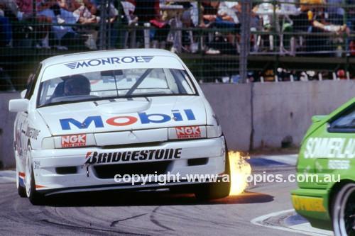 91047 - Larry Perkins, Mobil 1 Racing Commodore - Bob Jones, Commodore - Adelaide 1991 - Photographer Ray Simpson