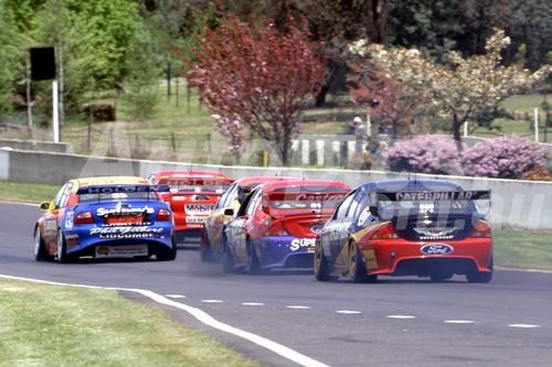 01792 - Mark Skaife / Tony Longhurst - Holden VX Commodore - 1st Outright Bathurst 2001