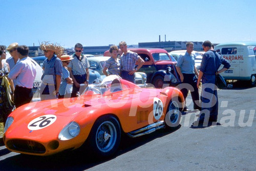 58122 - Doug Whiteford, Maserati 300S - Fishermans Bend 1958 - Photographer Barry Kirkpatrick
