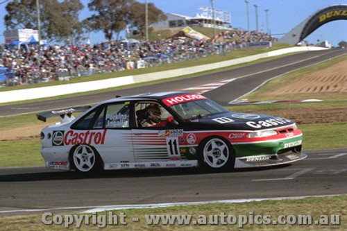 97704 - Perkins / Ingall  Holden  Commodore -1st Outright - Bathurst 1997