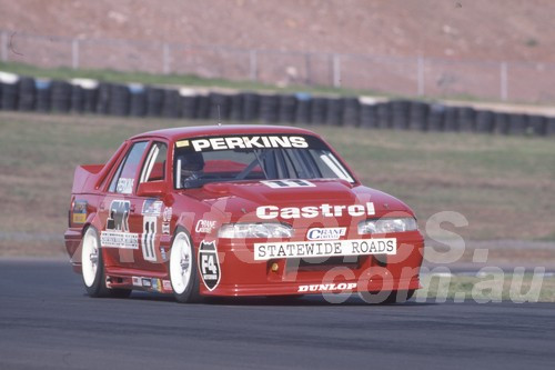 92061 - Larry Perkins, VL Commodore SS - Eastern Creek 1992 - Photographer Ray Simpson