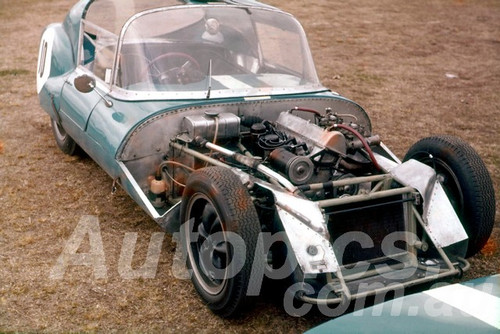 61070 - Ron Hodgson - Lotus XI GT - Warwick Farm 1961 - Photographer Adrian Schagan