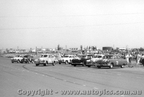 59002 - #77 O. Bailey Ford - Fishermen s Bend 1959