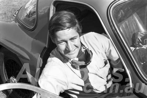 65312 - Kevin Bartlett, TVR Grantura - Warwick Farm 1963 - Paul Manton Collection