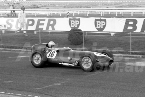 75213 - John Dawson-Damer, Lotus 16 - Sandown 14 th September 1975 - Photographer Peter D'Abbs