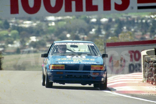 90901 - PETER VERHEYEN / RON SEARLE / RUSSELL BECKER, TOYOTA COROLLA  - Tooheys 1000 Bathurst 1990 - Photographer Ray Simpson
