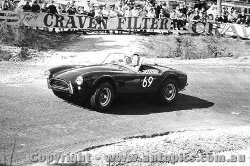 65103 - R. Thorp - AC Cobra - Australian Hill Climb Championships - Lakeland 1965