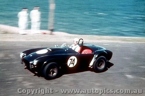 67100 -  R. Thorp  AC Cobra  - Newcastle Hill Climb  9/9/1967