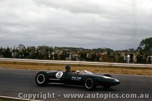 63519 - L. Geoghegan Lotus 22 - Calder 8/12/1963