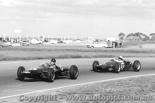 63521 - L. Geoghegan Lotus 22 J. Hunnam Elfin Ford  - Calder 1/9/1963