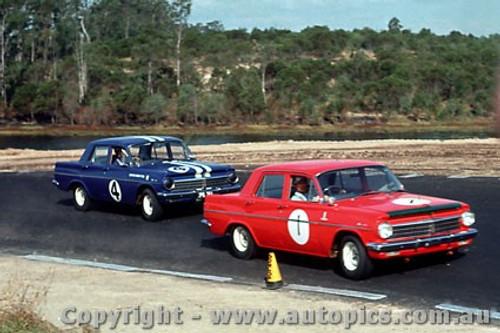 64041 - B. Muir / N. Beechey Holden  EH S4  -  Lakeside  1964 - Photographer John Stanley