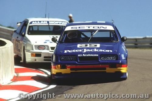 89747  - Goss / Noske  - Moffat / Hansford  - Ford Sierra RS500 - Bathurst 1989