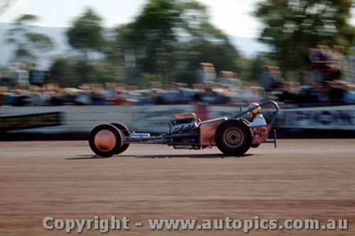 65903 - Don Bradshaw Ford Dragster - NSW Drag Champoinships Castlereagh June 1965 - Photographer Richard Austin