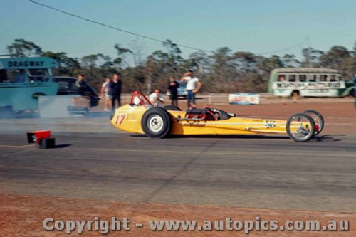 65910 - Eddie Thomas S/C Chrysler Dragster - NSW Drag Champoinships Castlereagh June 1965 - Photographer Richard Austin