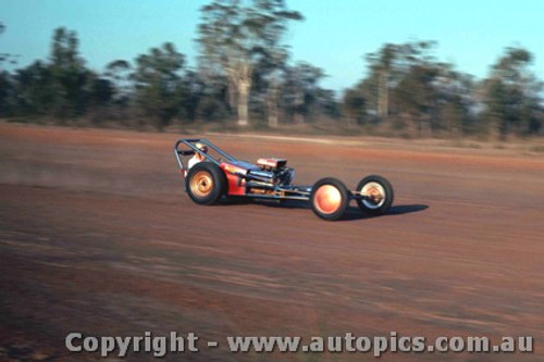 65914 - Dragster - NSW Drag Champoinships Castlereagh June 1965 - Photographer Richard Austin