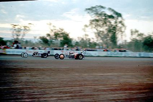 65915 - Dragsters - NSW Drag Champoinships Castlereagh June 1965 - Photographer Richard Austin