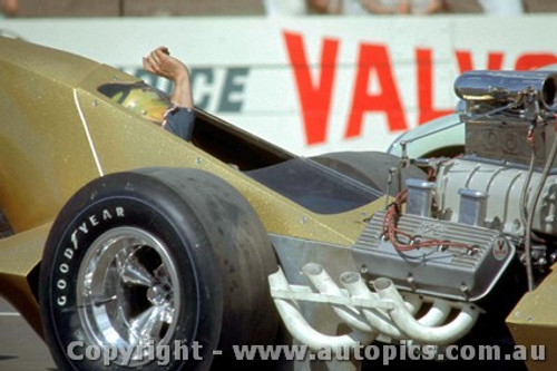 66905 - George  The Bushmaster  Schrieber  AA/Fuel Dragster  Yellow Fang  - Surfers Paradise 1966 - Photographer John Stanley