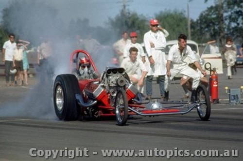 66907 - Earl Poage USA - Hemi Chrysler AA/Gas Dragster  - Surfers Paradise 1966  - Photographer John Stanley