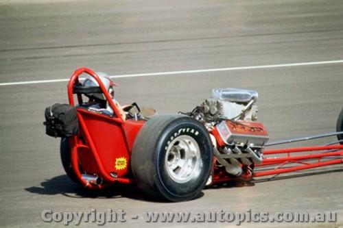 66909 -  Earl Poage USA - Hemi Chrysler AA/Gas Dragster  - Surfers Paradise 1966 - Photographer John Stanley