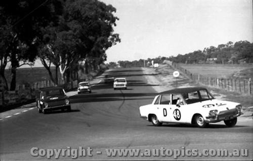 67742 - Sorensen / Young Triumph 2000 -  Bathurst  1967