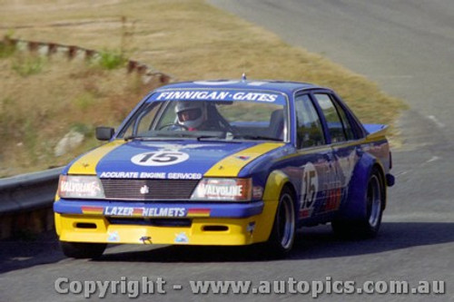 82012 - Finnigan / Gates  Holden Commodre VH - Amaroo 1982