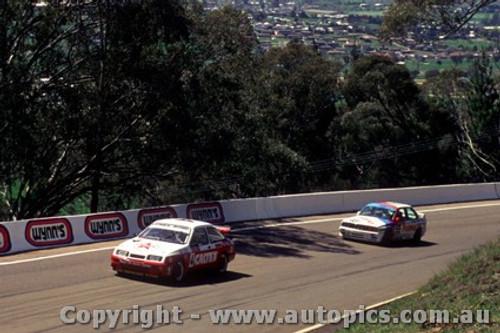 88734  - C. Bond / A. Jones  Ford Sierra RS500 - Bathurst 1988