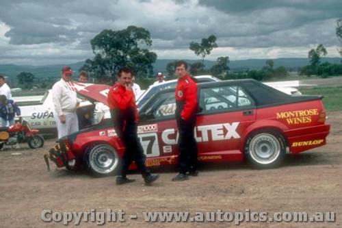 87765  -  C. Bond / L. Cesario  -  Bathurst 1987 - Alfa Romeo 75