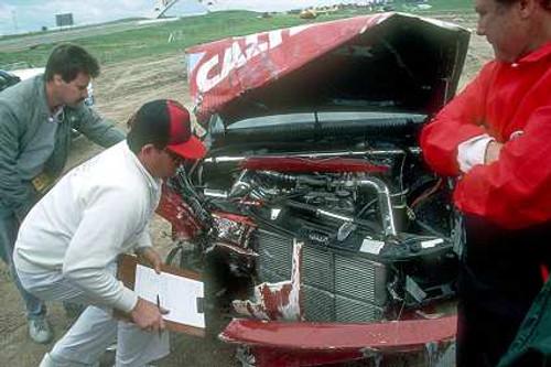 87766  -  C. Bond / L. Cesario  -  Bathurst 1987 - Alfa Romeo 75