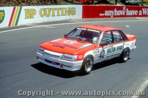88751  - S.  Williams  / C. Clearihan Holden Commmodore VK  - Bathurst 1988