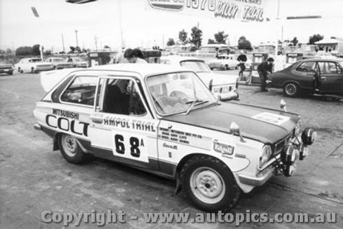 70966 - B. Lloyd  and A .Browne -  Mitsubishi Colt - Ampol Trial 1970