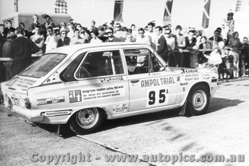 70970 - J. Davies and R. Beer -  Mitsubishi Colt - Ampol Trial 1970