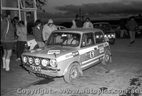 71950 - Evan Green - British Leyland Works Team Mini Clubman GT - KLG Rally 1971
