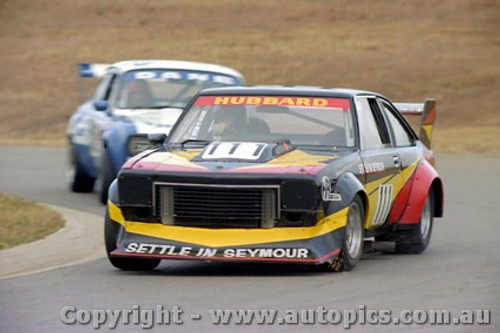 82030 -  Tony Hubbard Torana V8 - Oran Park 6th June 1982 - Photographer Lance  Ruting.