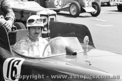 58427a - Lou Molina Monza Phillip Island 22nd February 1958 - Photographer Peter D Abbs