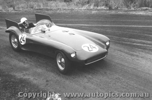 58428 - Lou Molina Monza Phillip Island 22nd February 1958 - Photographer Peter D Abbs