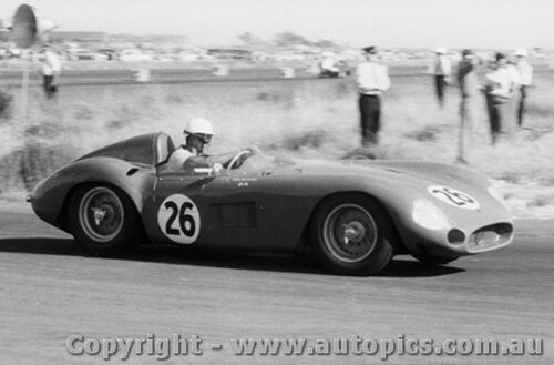 59411 -  Doug Whiteford  Maserati 300S -  Fishermen s Bend - 21st February 1959 - Photographer Peter D Abbs