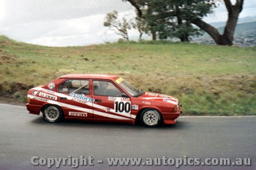 87770 - Giorgio Francia / Daniele Toppoli Alfa Romeo 33 - Bathurst 1987 - Photographer Lance Ruting