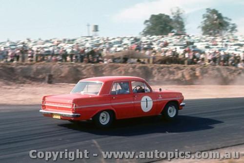 64055 - B. Muir Holden  EH S4 -  Lakeside  1964- Photographer John Stanley