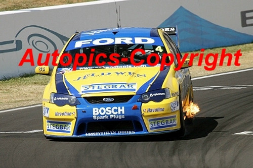 207705 - J. Courtney / D. Besnard - Ford Falcon  - 2nd Outright Bathurst 2007 - Photographer Craig Clifford