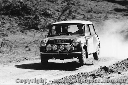 70975 - B. Culcheth / R. Bonhomme  Morris Cooper S -  Rally of the Hills  October 1970- Photographer Lance Ruting