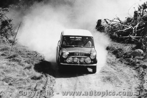 70977 - B. Culcheth / R. Bonhomme  Morris Cooper S -  Rally of the Hills  October 1970- Photographer Lance Ruting
