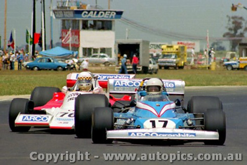 80601 - M. McEwin  Matich / J. Wright Lola T400  -  Calder 1980 - Photographer Peter D Abbs