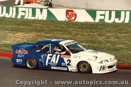 88760 - Win Percy / Allan Grice  Holden Commodore  - Bathurst 1988