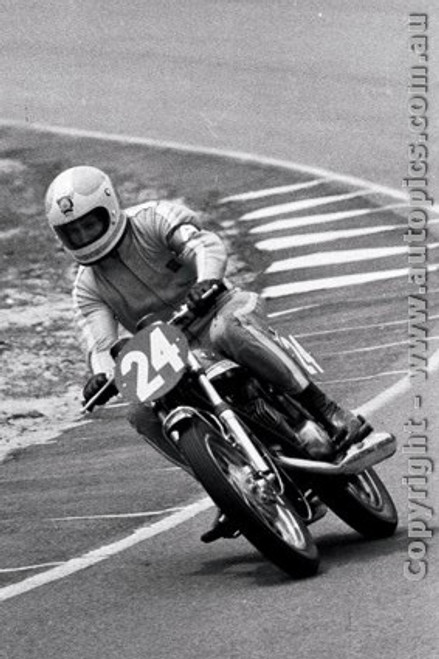 70308 - Peter Jones / Graeme Laing  Suzuki 315  - 298  laps completed  - Castrol Six Hour - Amaroo 18th October 1970 - Photographer Lance J Ruting