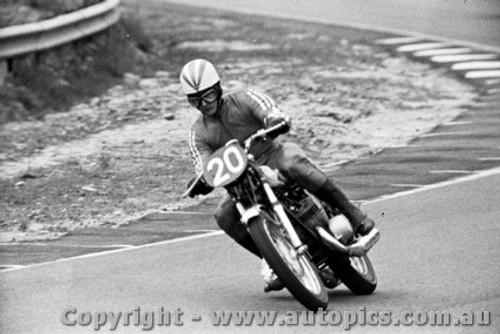 70309 - Kenny Blake / Kal Carrick  Kawasaki 500 - 295  laps completed  - Castrol Six Hour - Amaroo 18th October 1970 - Photographer Lance J Ruting