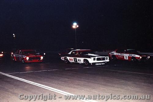 75050 - Ian  Pete  Geoghegan Holden Monaro / J. Harvey Torana V8 / R. Harrop  EH Holden- Knight meeting Calder 1975 - Photographer Peter D Abbs